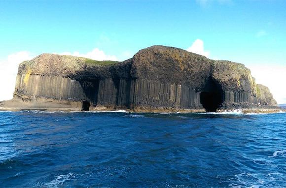 Fingal\'s Cave