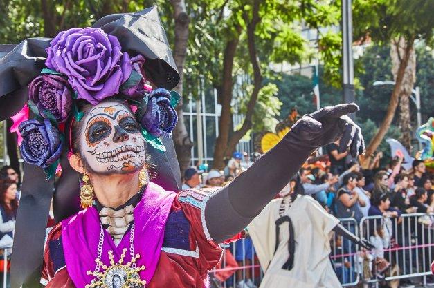 Tradisi Perjalanan Budaya Meksiko