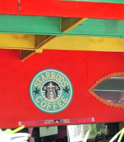 petite variante du Starbucks coffee, version Nimbin!