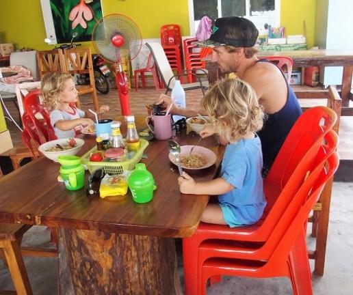 la thailande avec des enfants