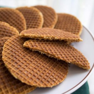 The Dutch speciality- Stroopwaffel. Photo taken from Wikipedia.