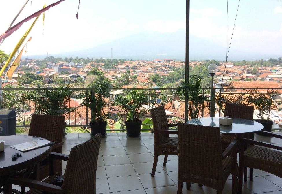 Gumati Cafe & Resto bogor