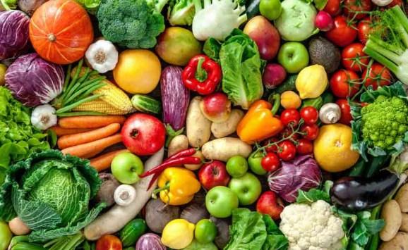 Sayuran yang ditanam secara alami tentunya berbeda dengan sayuran yang menggunakan pestisida. Tuliskan apa saja perbedaan sayuran yang ditanam tanpa menggunakan pestisida!