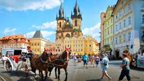 Прямые рейсы в Прагу из Петербурга и Москвы от 9 900 рублей с Czech Airlines!