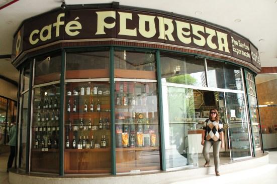 Café Floresta no Edifício Copan, São Paulo