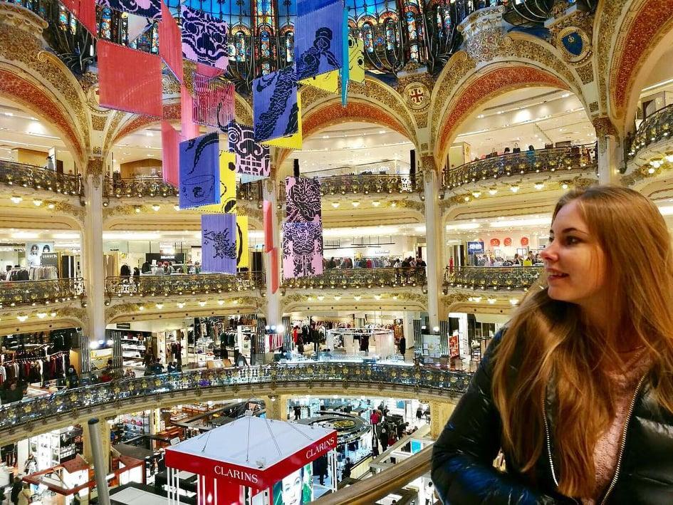 6 Destinasi Menarik di Kota Cinta, Paris, Gallery La Fayatte