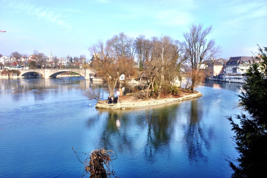 This little island in the middle of the Rhein is the perfect place to relax in summer
