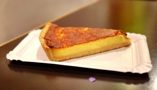 Chaeschiechli, a traditional cheese tart