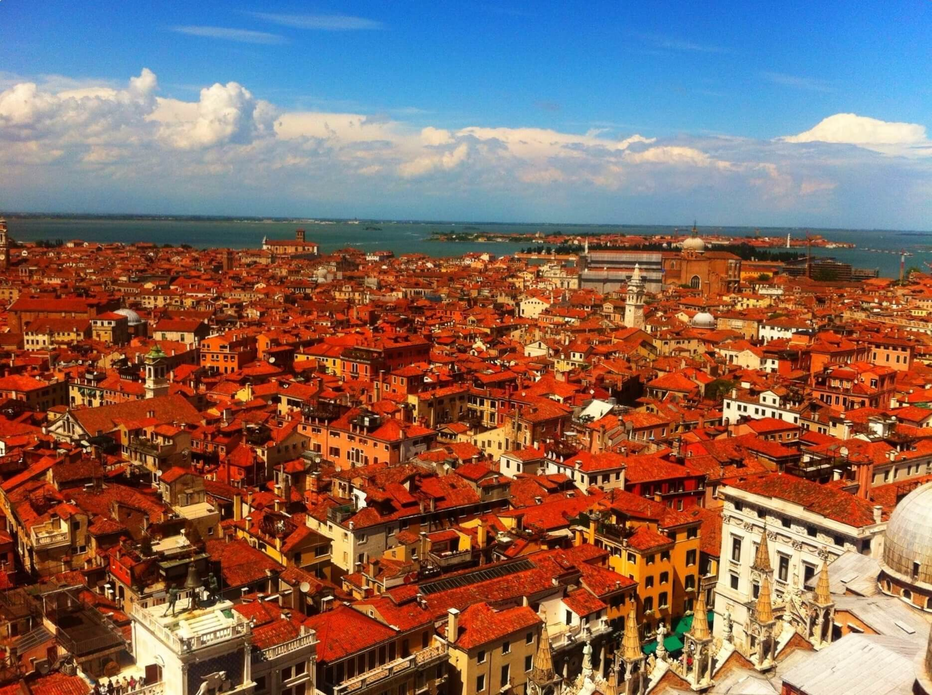 Red roofs Venice Trip Gourmets