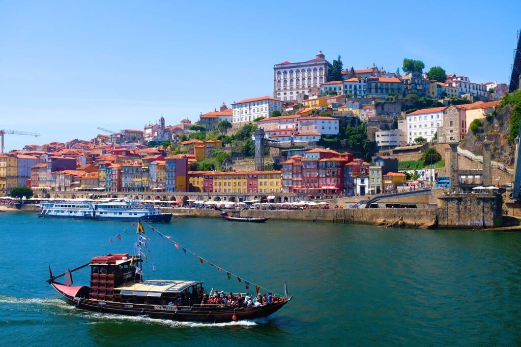 Three days in Porto . Riverside