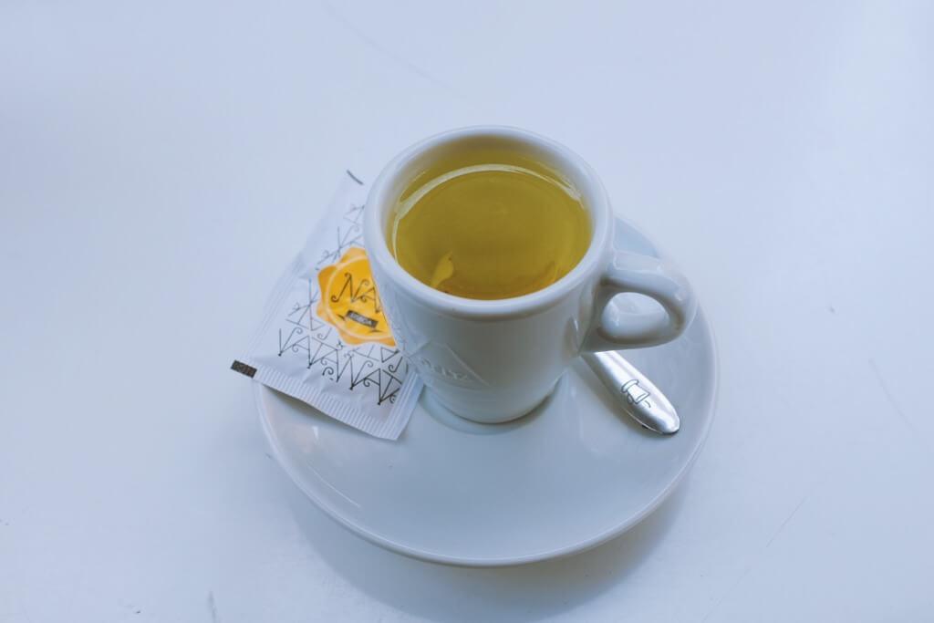 Foodie highlights of Porto, Delicious lemon zest tea