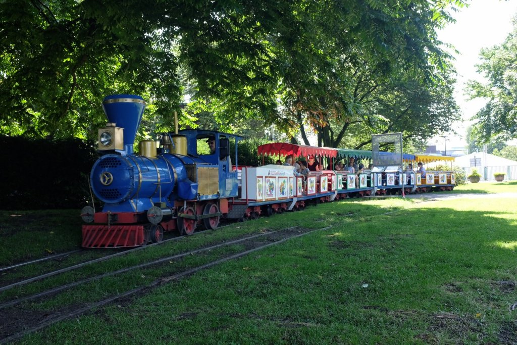 things to do in Cologne in one day toy train
