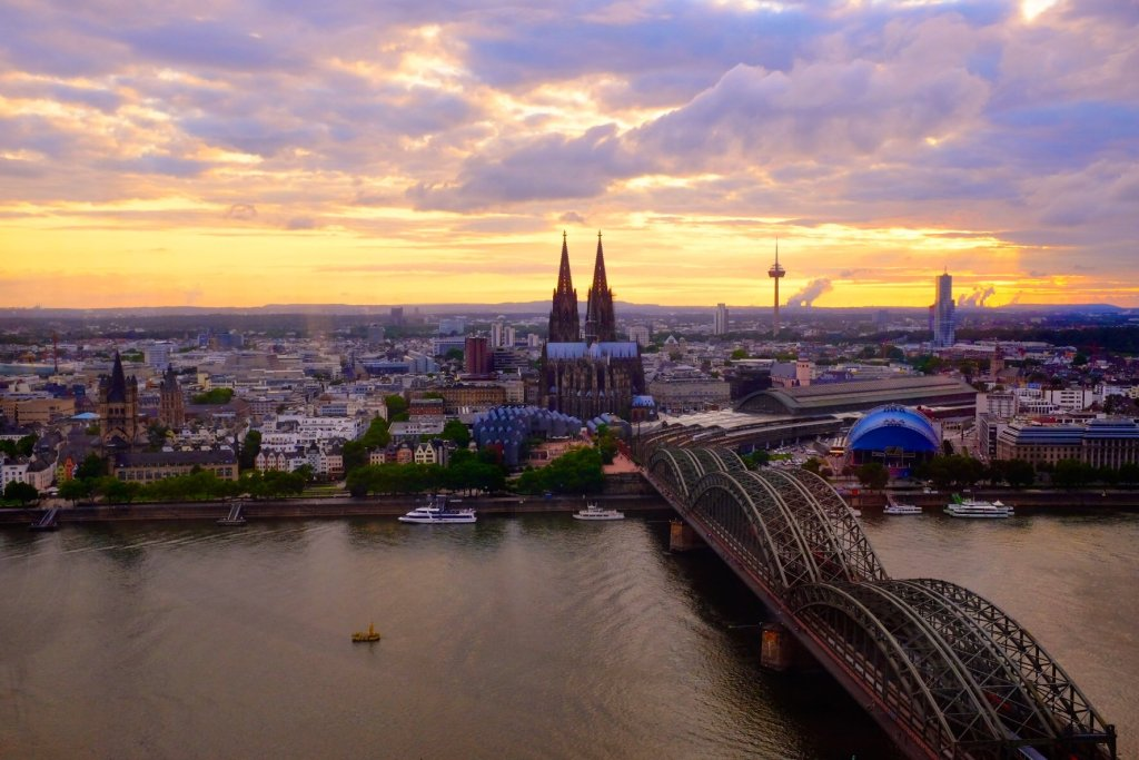 Köllner Dom sunset view Cologne Gallery Trip Gourmets