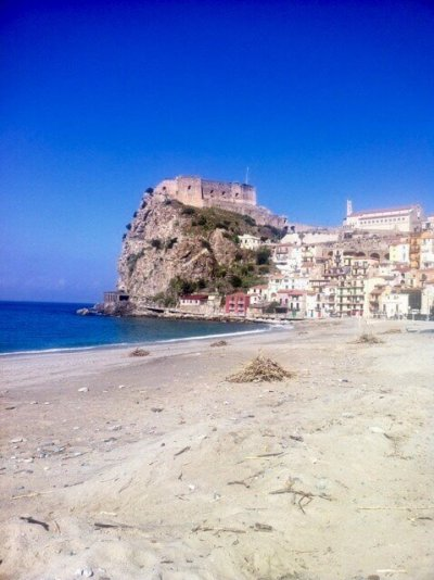 Scilla Calabria best cameras for travel photography