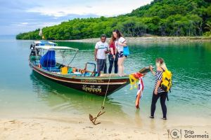 Activities Koh Samui escape island boat girls sea