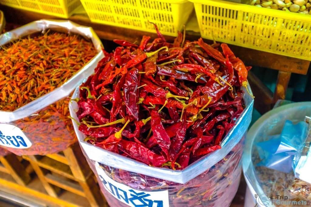 Best Markets in Bangkok Or Tor Kor chillies
