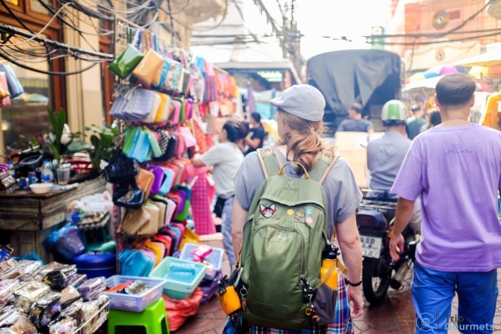 Best Markets in Bangkok Sampeng Lane Market