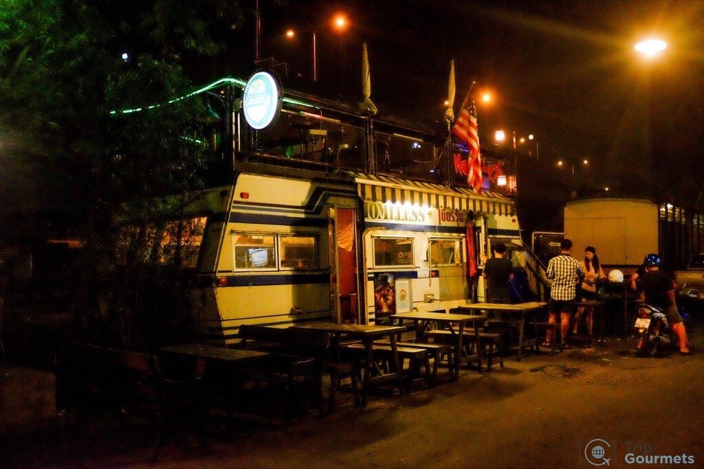 Best Markets in Bangkok Siam Gypsy Market caravan restaurant
