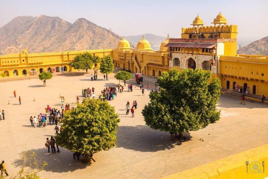 Jaipur itinerary Jaleb Chowk Amer Fort