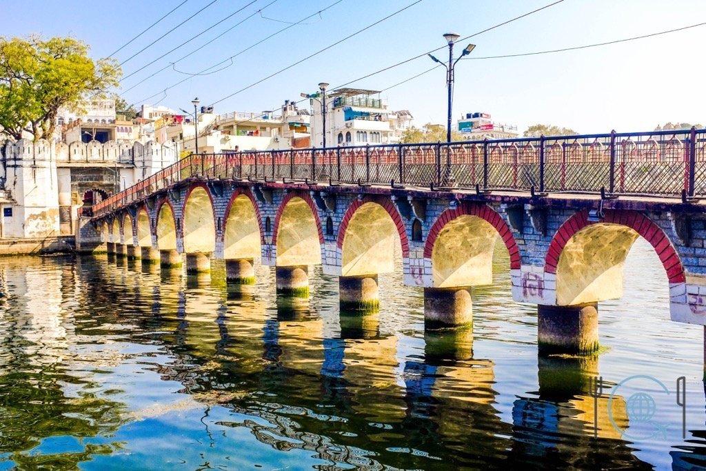 Udaipur Sightseeing - Chandpole Bridge