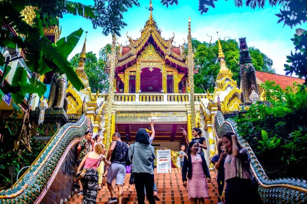 Chiang Mai Itinerary Doi Suthep temple entrance