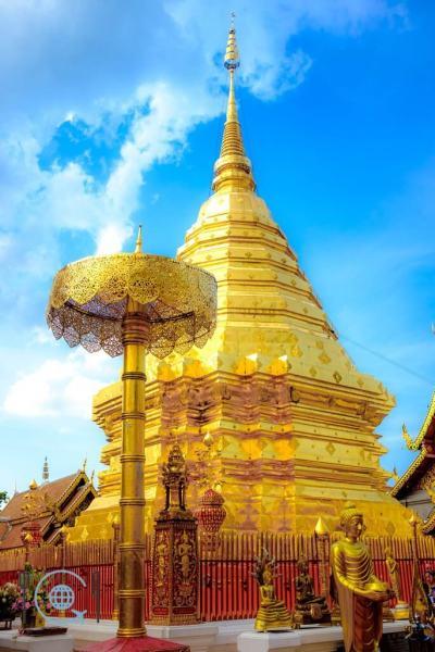 Chiang Mai Itinerary Doi Suthep golden stupa