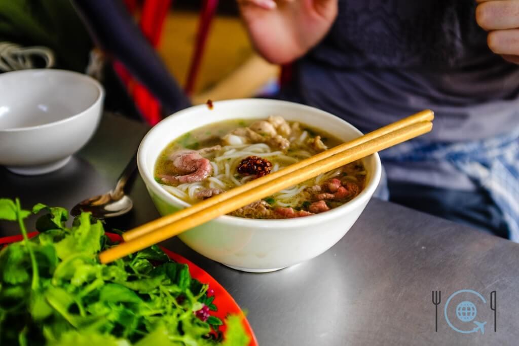 Vietnam 3 week itinerary Hue bun bo hue