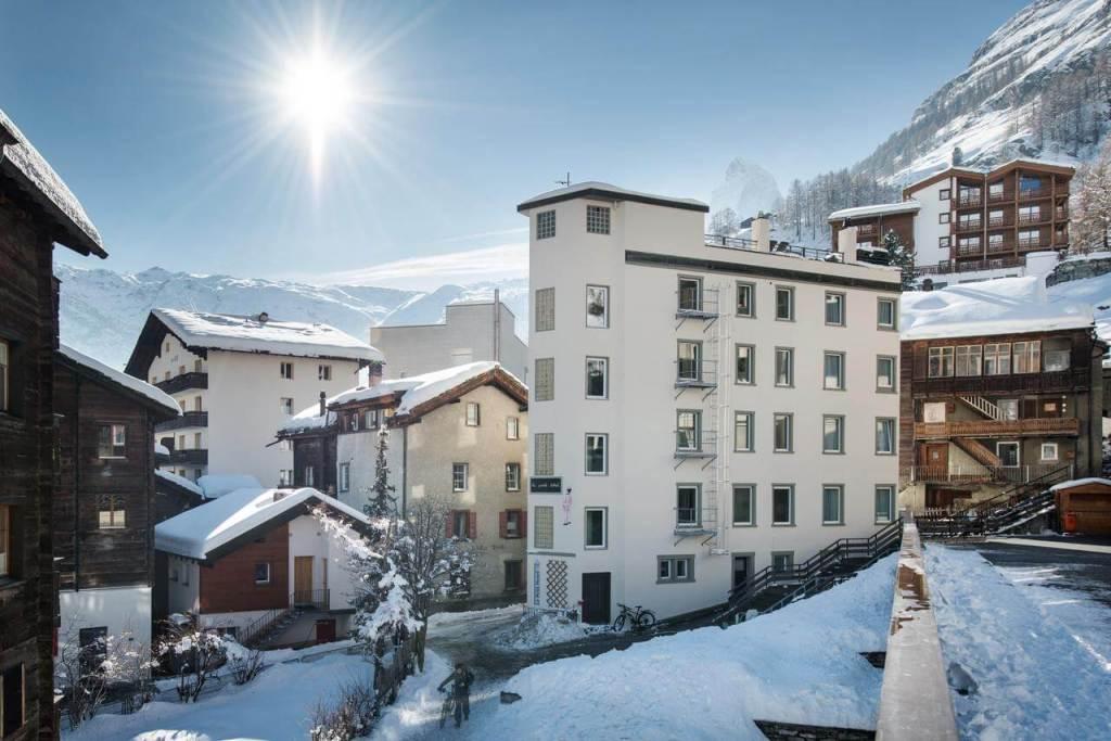 Ski Holiday Zermatt - Le Petit CHARME-INN