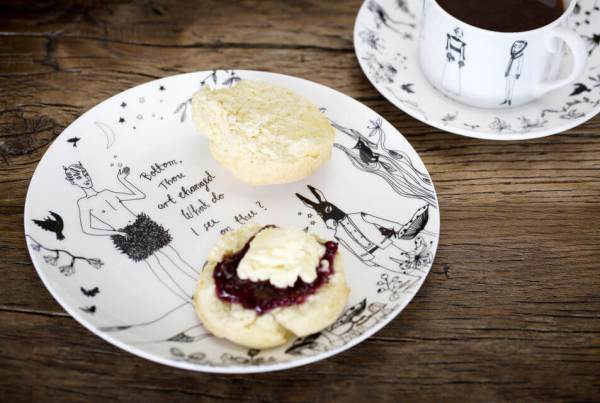 London Food Tours - Shakespeare's Globe Tour and Afternoon Tea with Prosecco