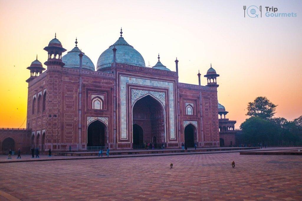 Taj Mahal Sunrise Tour from Delhi - Kau Ban Mosque