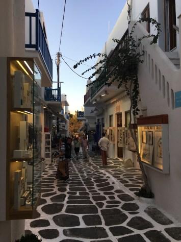 Tiendas Mykonos