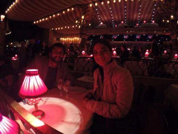 Mesa del Moulin Rouge