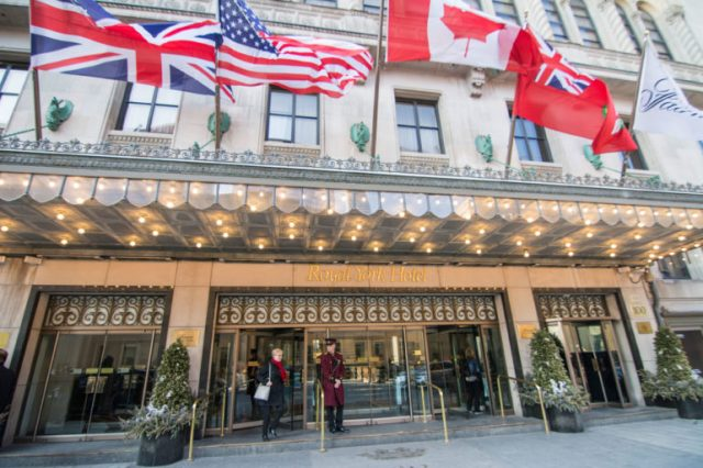 Entrada del Hotel Fairmont Royal York