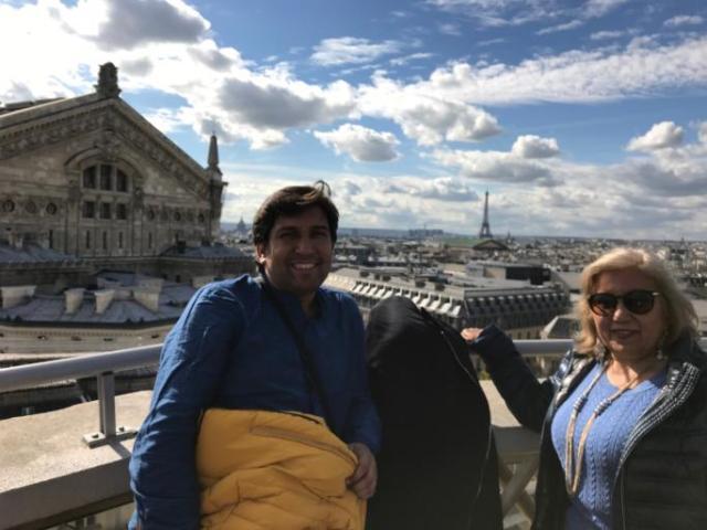 Con mi madre en la Fayette