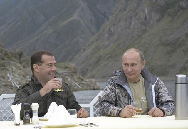 russia-legalises-whisky-moonshine-production