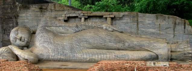 Reclining Buddha - Full Image - Polonnaruva