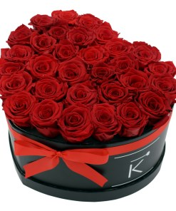 Flowerbox in Heart form with red roses
