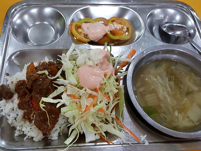 UV語言學校-餐廳-吃的如何
