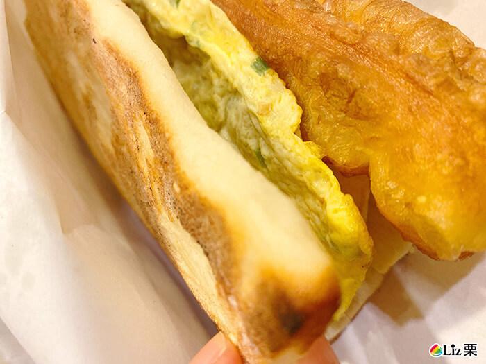 厚燒餅,蔥蛋,油條,厚蛋油條