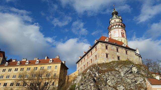 Cesky Krumlov, The palace stands tall