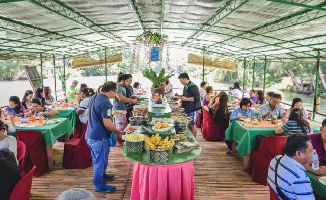 Buffet on Loboc river cruise