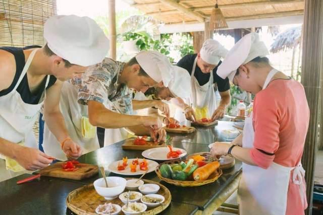 Grandma's Vietnamese Home Cooking Class