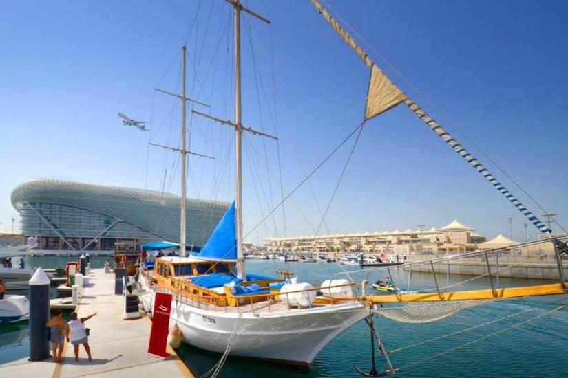 Yas Marina Yacht in Abu Dhabi