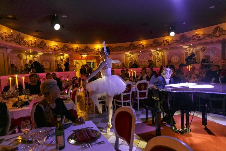 Cabaret Dinner