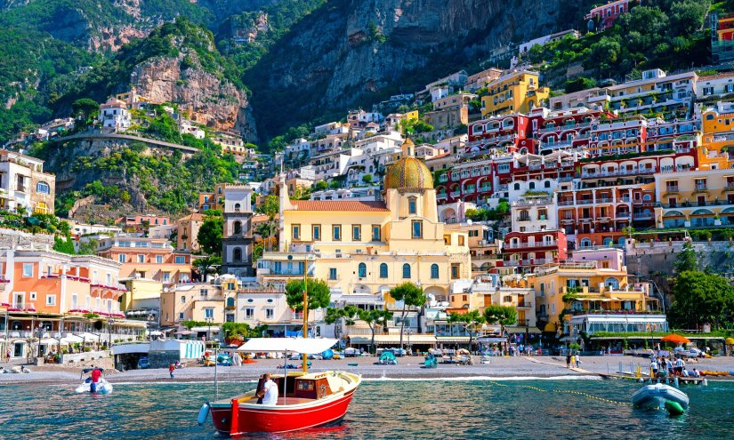 a boat sailing on Amalfi coast