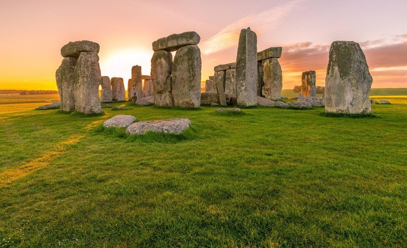 sunset at Stonehenge