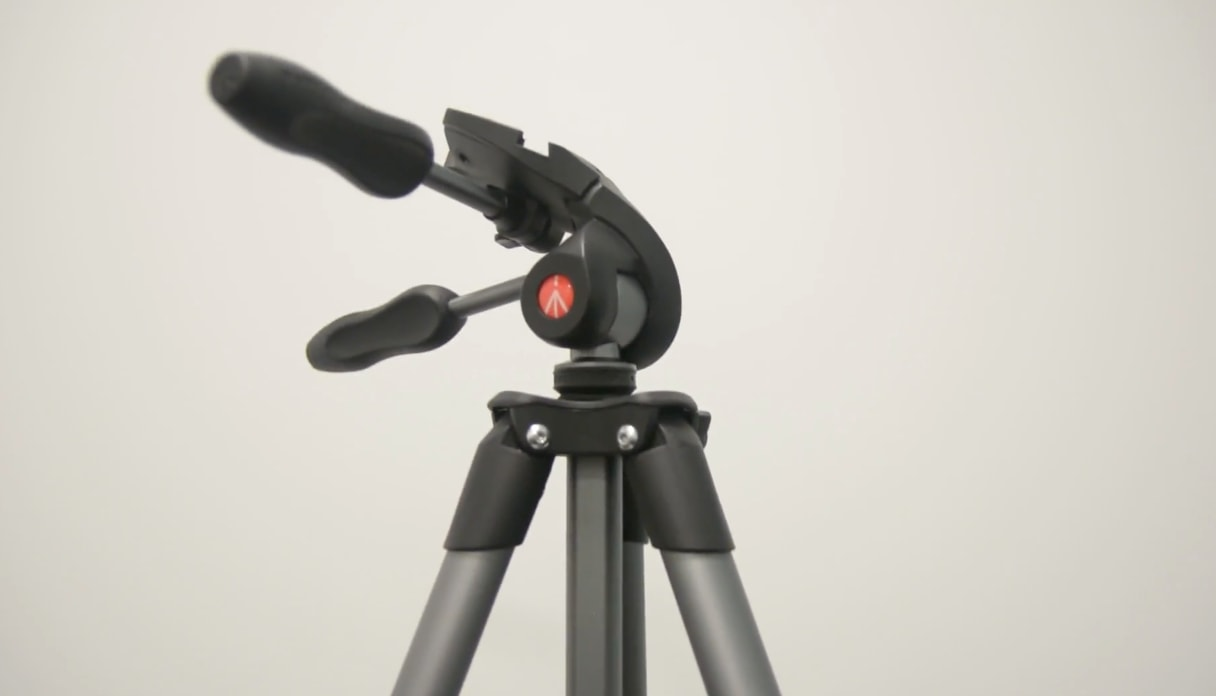 Manfrotto MKCOMPACTADV-BK Tripod with 3-Way Head Specifications