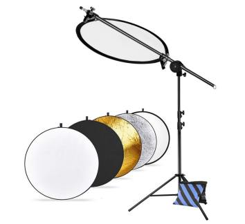 Neewer Pro Version Photo Studio Reflector and Stand Kit: (1)43 inches 5-in-1 Collapsible Light Reflector, (1)30-75 inches Reflector Arm Support, (1)45-102 inches Photography Light Stand and (1)Sandbag Review