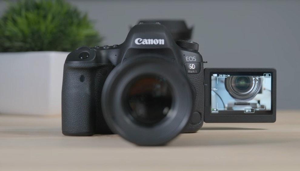 Canon EOS 6D Mark II Digital SLR Camera Body Review