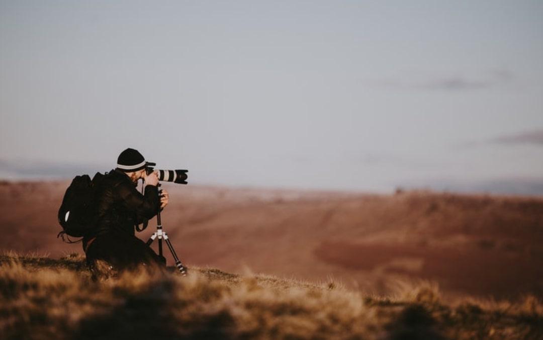 Best Tripods For Nikon D3400, D3300 & D700 Cameras